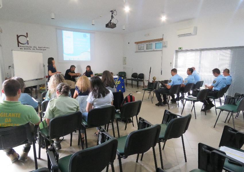 Formação sobre enquadramento legal para a conservação do saramugo