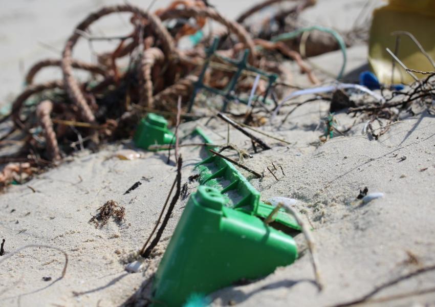 Concurso Mares Circulares premeia soluções para lixo marinho