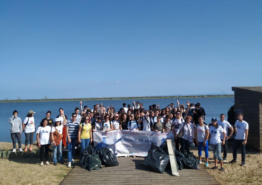 Ciência Participativa no rio Tejo: Monitorização de Lixo