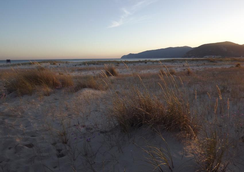 O desgoverno e degradação do litoral português continua